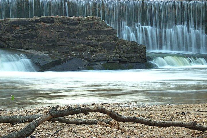 Dam-09-30-2014-03